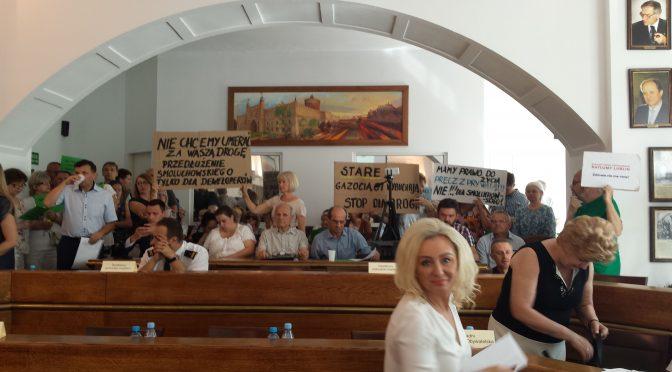 Nadzwyczajna sesja Rady Miasta Lublin, dyskusja z radnymi bez prezydenta Krzysztofa Żuka